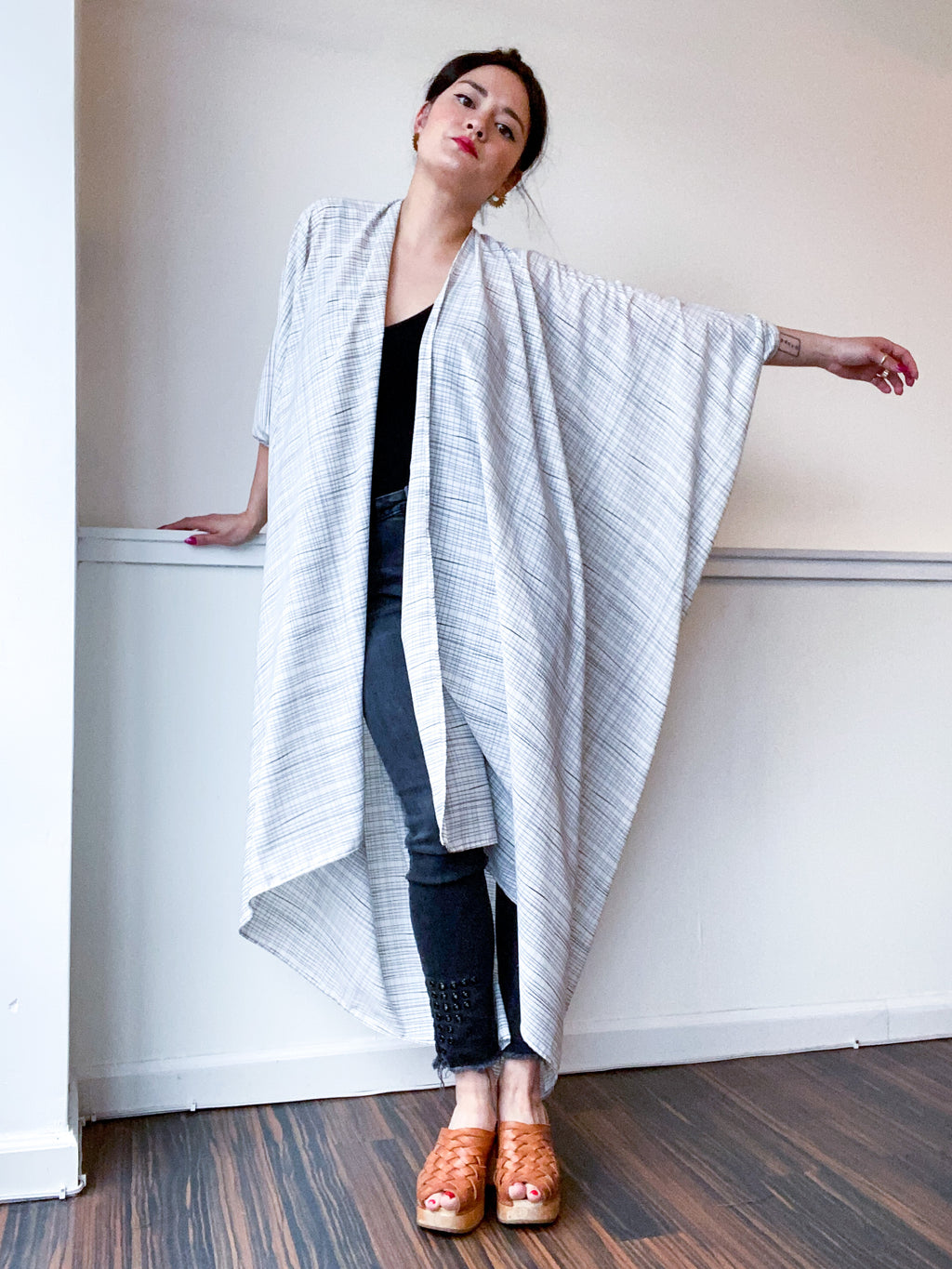 Print High Low Kimono Graphic Lines