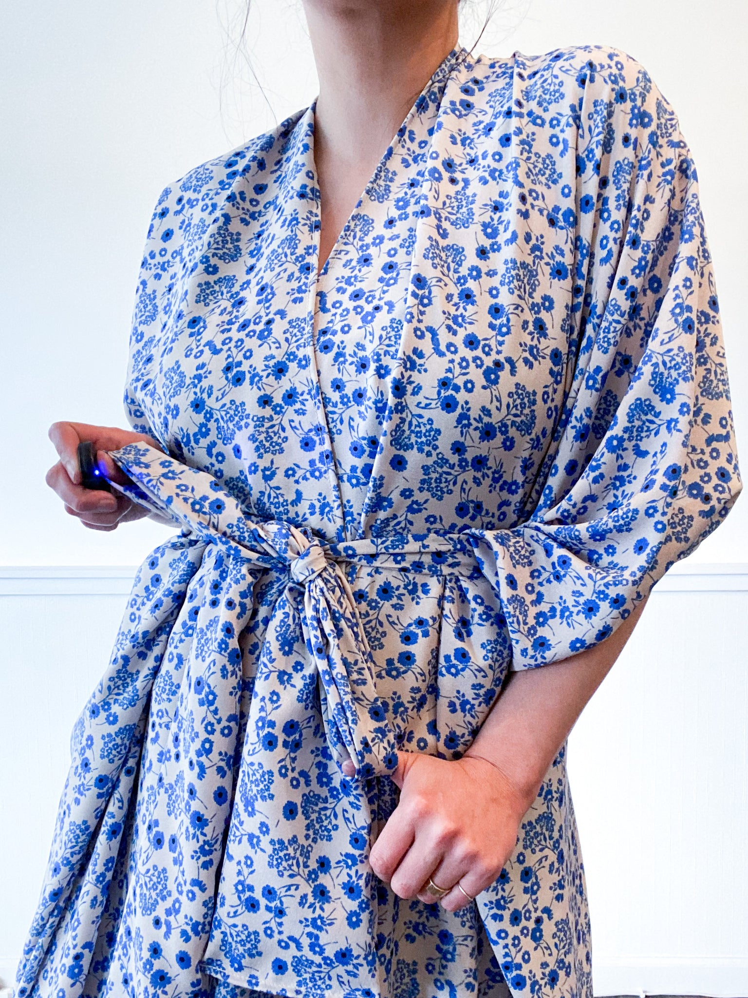 Print High Low Kimono Blue Ivory Mini Floral Crepe de Chine