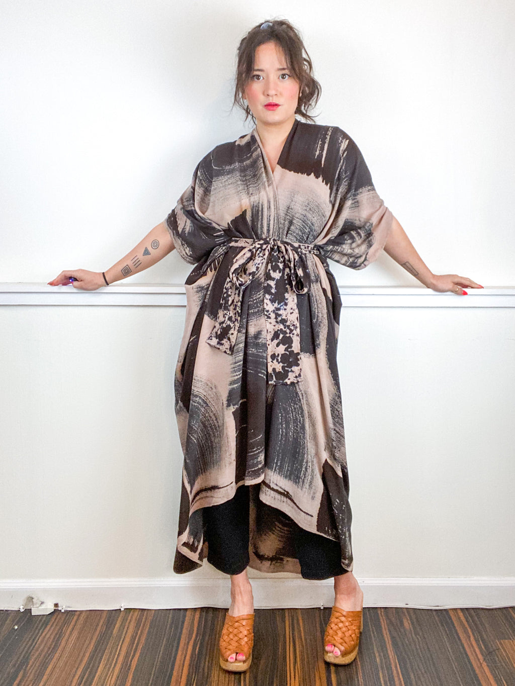 Hand-Dyed High Low Kimono Textured Blush Black Brushstroke