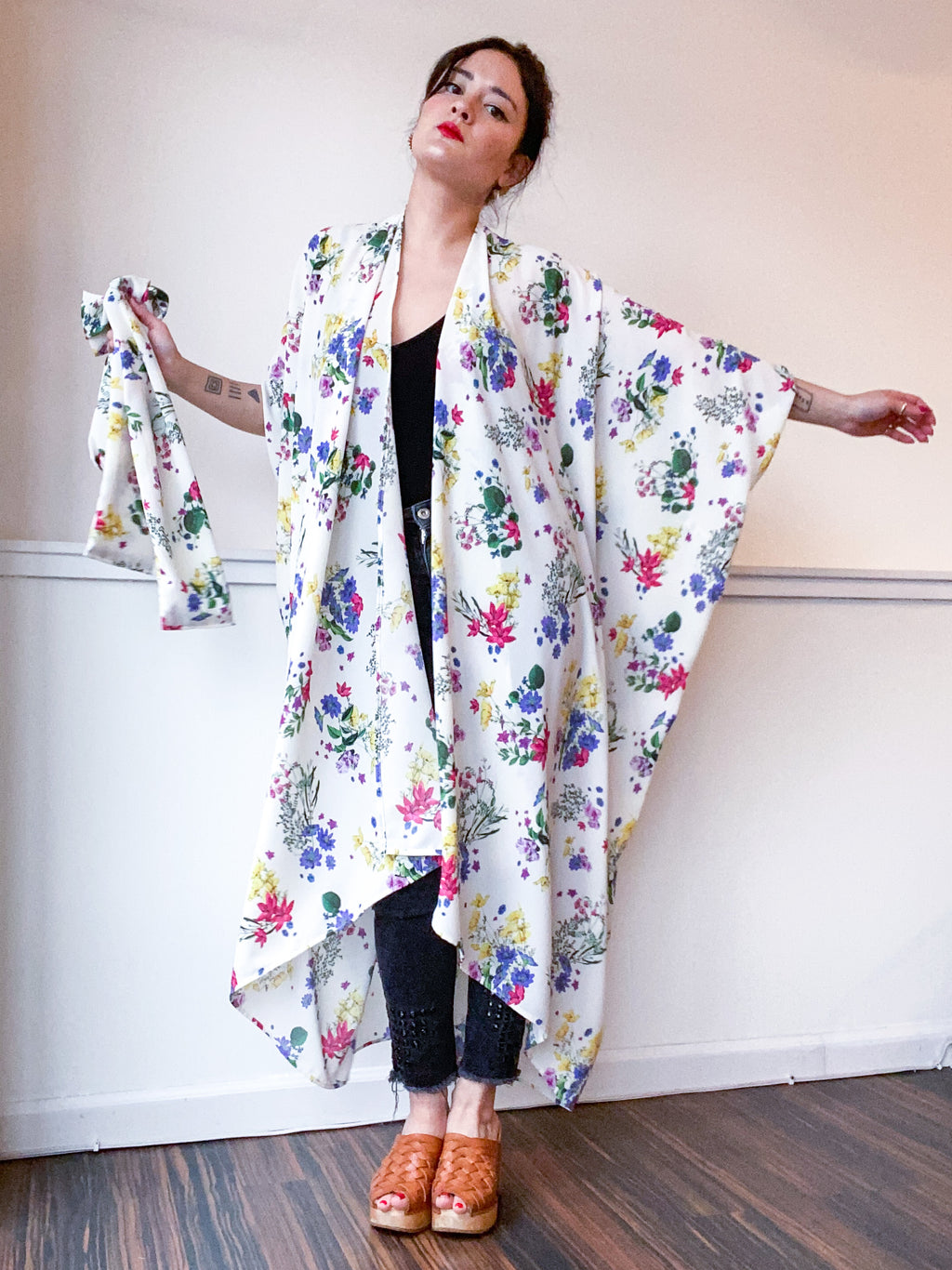 Print High Low Kimono Mini Bouquet Floral