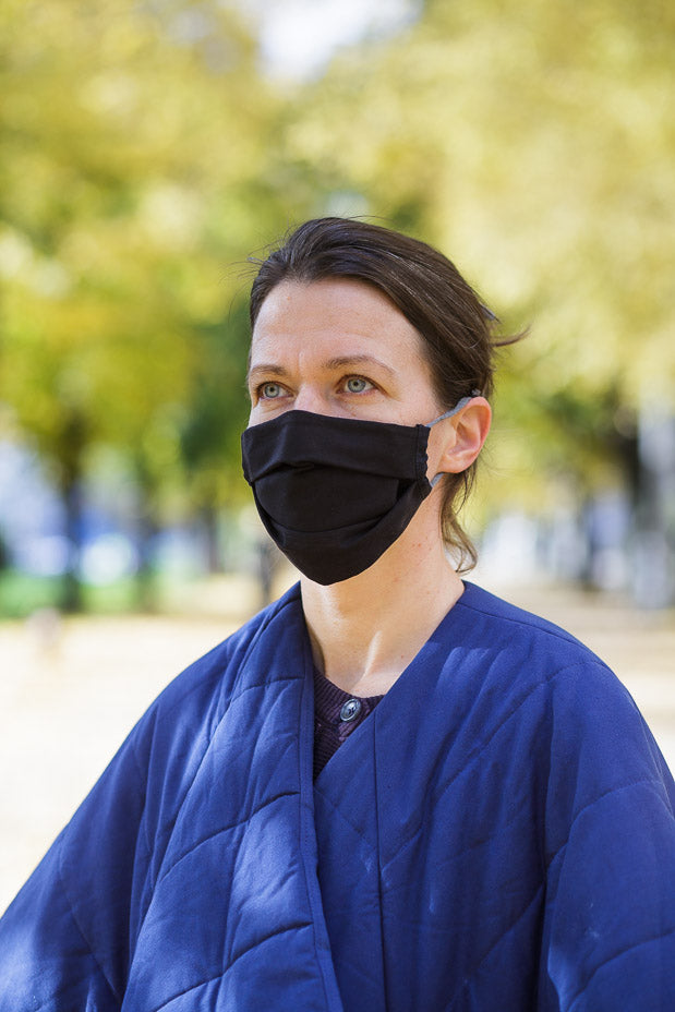Wave face mask black with a bag - Accessories - TAUKO - TAUKODESIGN