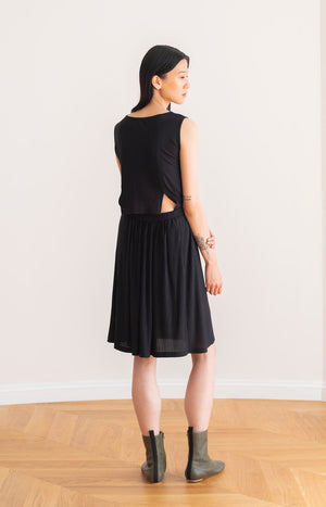 Drop dress black