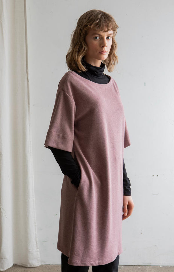 AW20 Ease dress old rose - Dresses - TAUKO - TAUKODESIGN