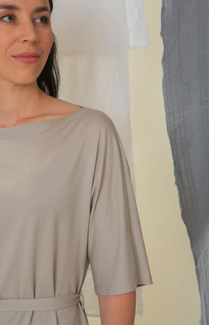 Sinisimpukka tunic dress soft grey