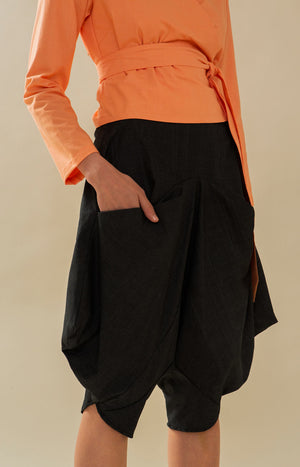 Leijat! Capri Pants Coal Black - Bottoms - TAUKO - TAUKODESIGN