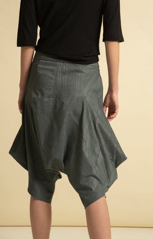 Leijat! Capri Pants Grey
