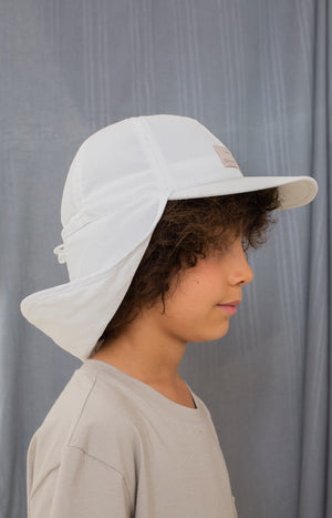 Maneetti hat white - Accessories - TAUKO - TAUKODESIGN