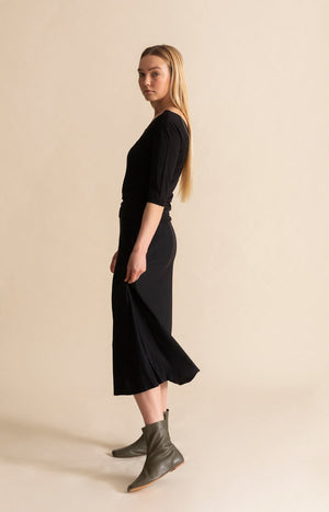 Ripple skirt black
