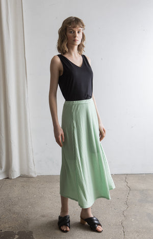 Ripple skirt Gossamer green