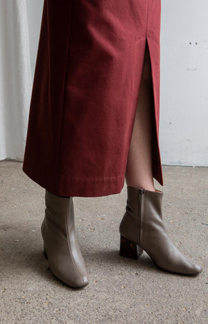 AW20 Sense skirt cabernet red - Bottoms - TAUKO - TAUKODESIGN