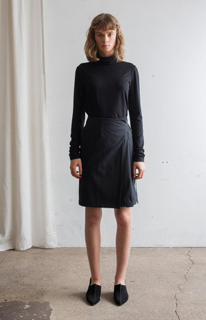 AW20 Touch skirt coal black - Bottoms - TAUKO - TAUKODESIGN