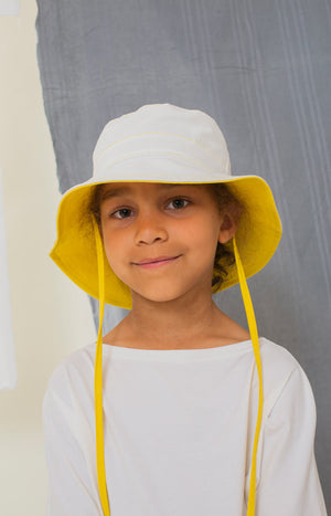Vimpa hat sunshine yellow and white - Accessories - TAUKO - TAUKODESIGN