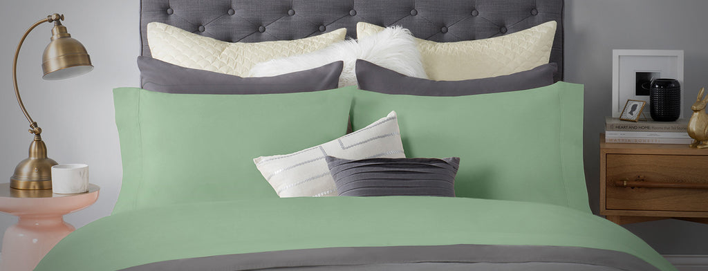 Sateen Bed Sheet In Green Color