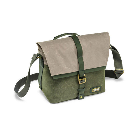 National Geographic NG RF 2350 Rainforest Camera Messenger Bag