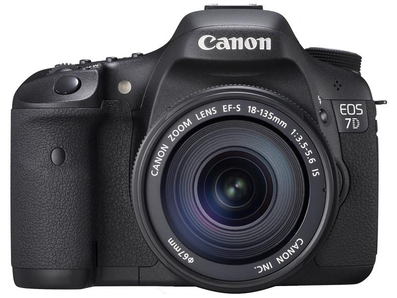 Canon EOS 7D Super Kit with EF-S 18-135mm f/3.5-5.6 IS Lens Black Digital SLR Camera