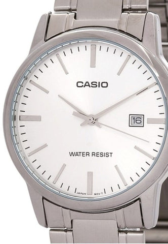 Casio Standard Analog MTP-V002D-7A Watch (New with Tags)