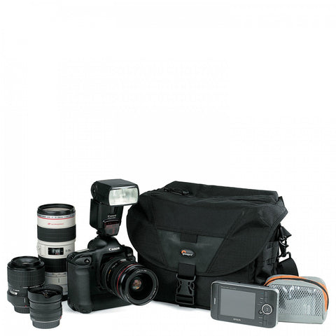 Lowepro Stealth Reporter D300AW Black Shoulder Bags