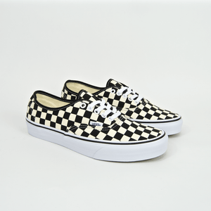 VANS - AUTHENTIC SHOES - (GOLDEN COAST) BLACK / WHITE CHECKER