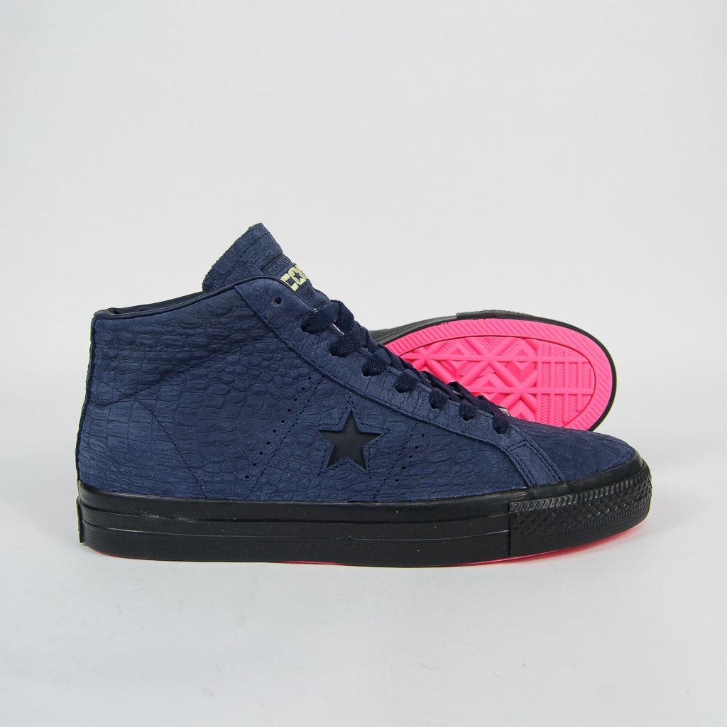 Converse Cons - One Star Pro Mid Shoes - Obsidian / Hyper Pink / Black