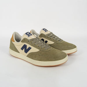 New Balance Numeric - 440 Shoes - Olive / Cream