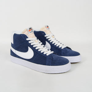 Nike SB - Blazer Mid Shoes - Navy / White / Black / University Red