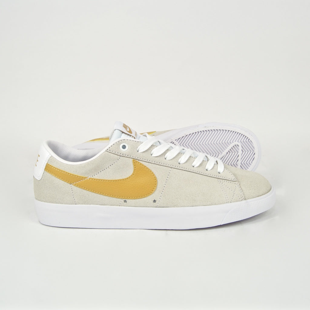 Nike SB - Grant Taylor GT Blazer Low Shoes - White / Club Gold / Light Thistle