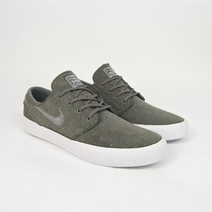 Nike SB - Stefan Janoski Flyleather Remastered Shoes - Tumbled Grey / White