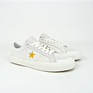 Converse Cons - Alexis Sablone One Star Pro Shoes - White / Coast / University Gold