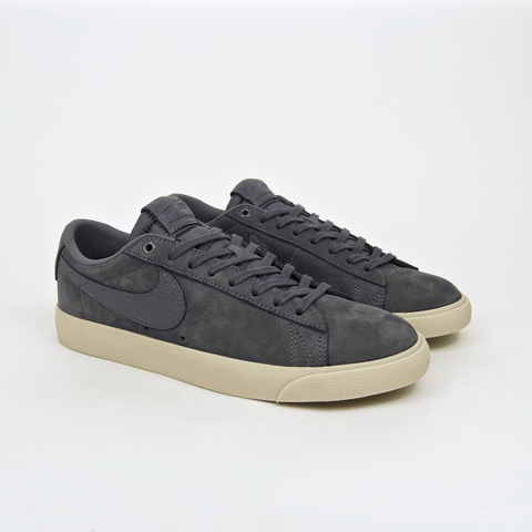 Nike SB - Anti Hero Grant Taylor GT Blazer Low Shoes - Dark Grey / Dark Grey / University Gold