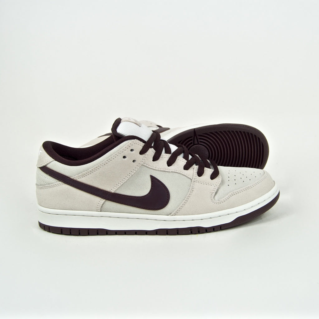 Nike SB - Dunk Low Pro Shoes - Desert Sand / Mahogany / Summit White
