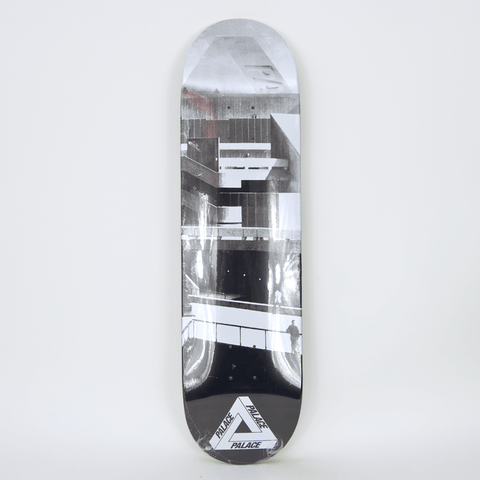 Palace Skateboards - 8.25