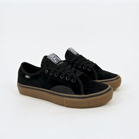 Vans - AV Classic Pro Shoes - Black / Gum