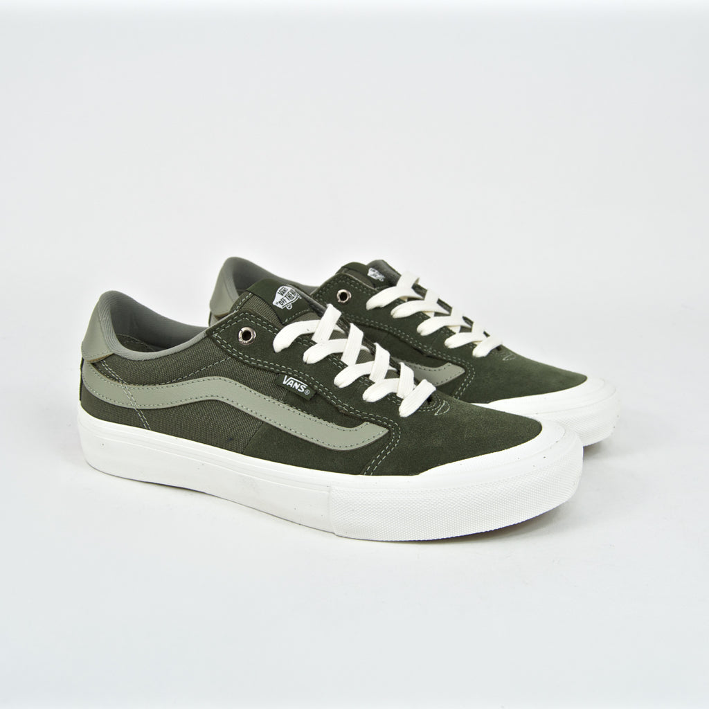 VANS Style 112 Pro skate shoes with toe cap
