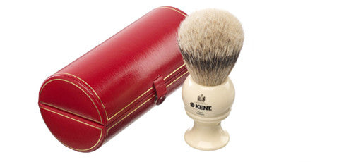 Kent BK8 - Traditional large sized, pure silver-tipped badger brush.