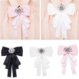 4 Different Ways to Use Ribbon as a Clothing Accessory