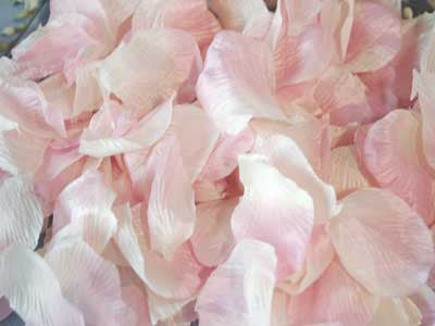 Silk Flower Petal Light Pink ( 400 Petals ) -