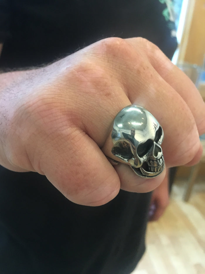 Seek and Destroy Skull Ring - Silver