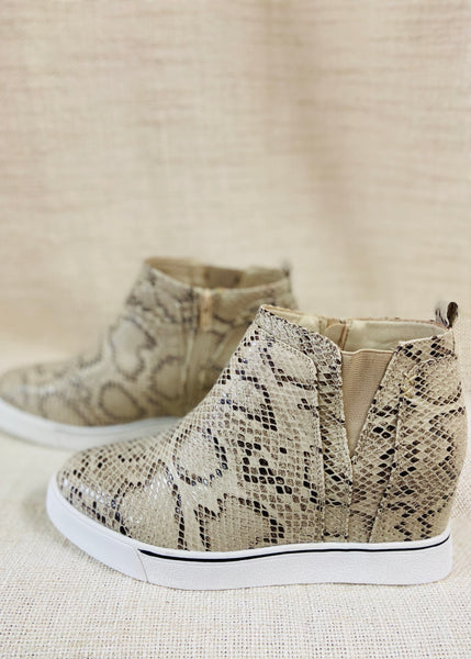 Make It Right Snake Sneaker