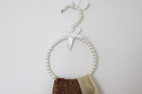 Scarf Pearl Hanger