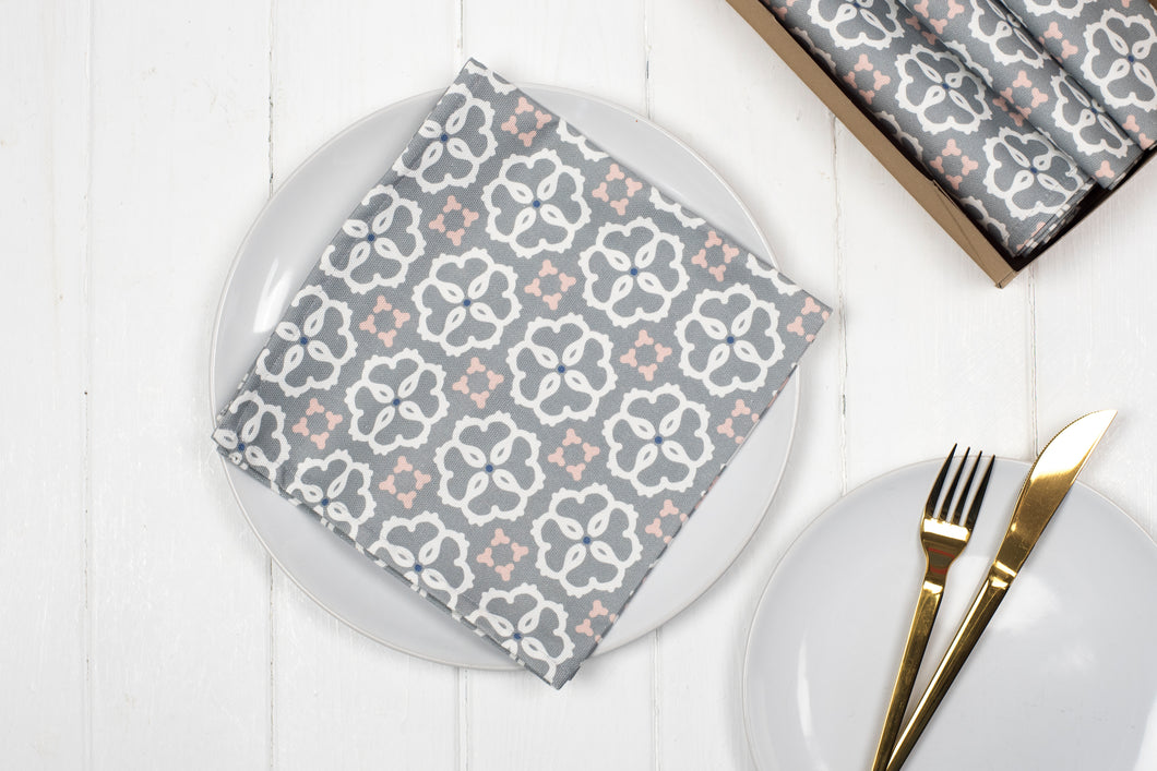 Ines Napkins, Set of four