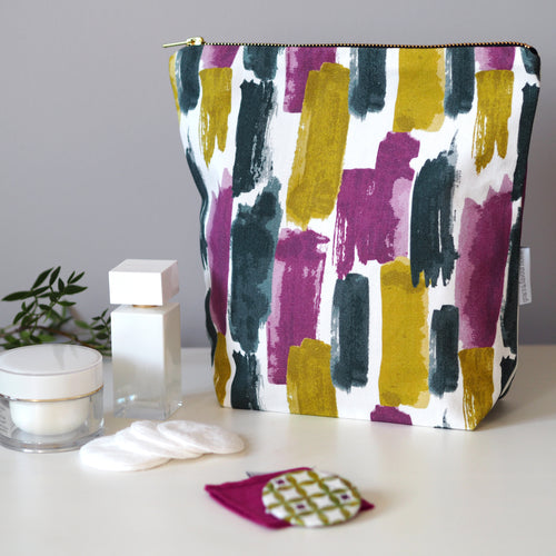 Lucia Tall Toiletry Bag