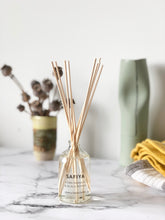 Safiya Reed Diffuser - Pomegranate & Pepper