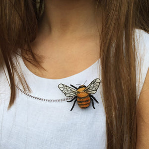 Bumblebee Brooch - Common Carder Bee