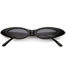 DAPMOD SLIM OVAL SHAPED VINTAGE STYLE SUNGLASSES RND1907