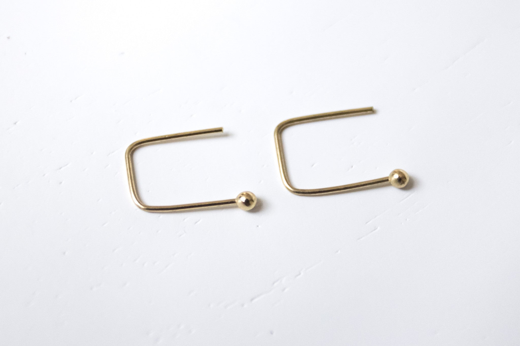Pendientes Simple Dorado