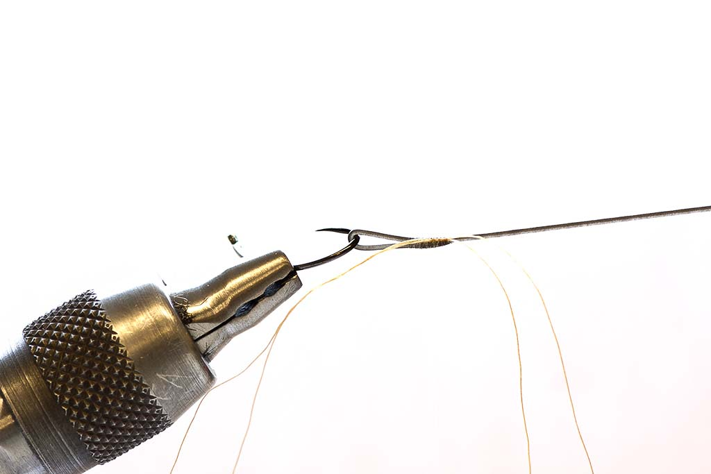 using tying thread to make a loop in a fly line