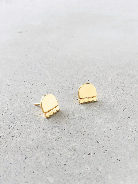 gold vermeil medium cairn stud earrings