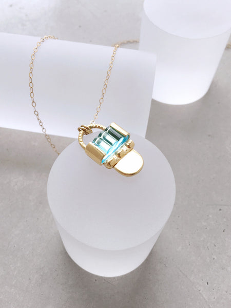 Deco Pendant Necklace
