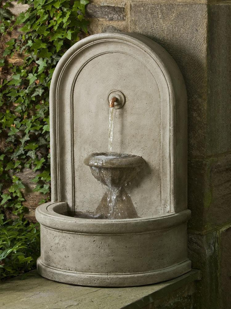 Campania International Colonna Fountain Life on Plum