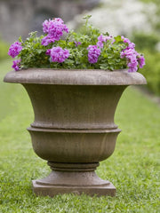 Campania International Williamsburg Large Wren Planter - Life onPlum - 1